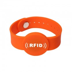 High Quality Adjustable Waterproof RFID Silicone Wristband For Swimming Pool Access Control